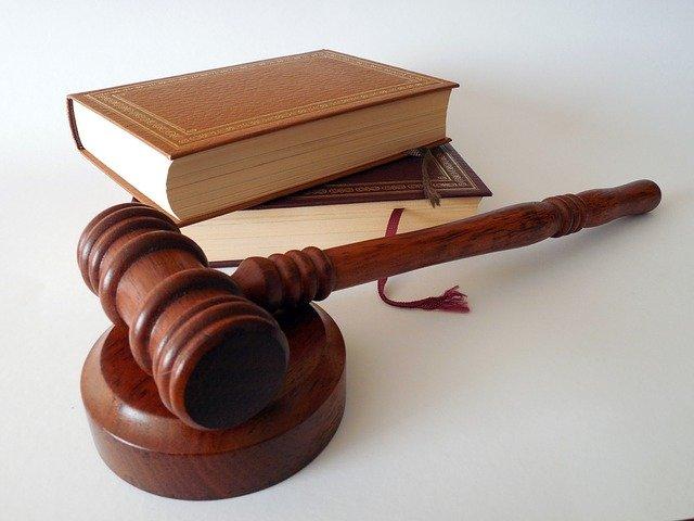 oikeudenkäynti työnantaja vähennyskelpoisuus verotus tulonhankkimismeno elantomeno riita